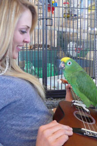 Heather Kierstead with Scooby Doo the parrot