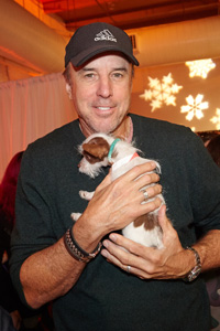 Saturday Night Live alumnus Kevin Nealon with a puppy pal