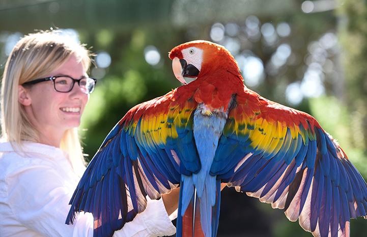 Sierra with Scarlet at Parrot Garden at Best Friends