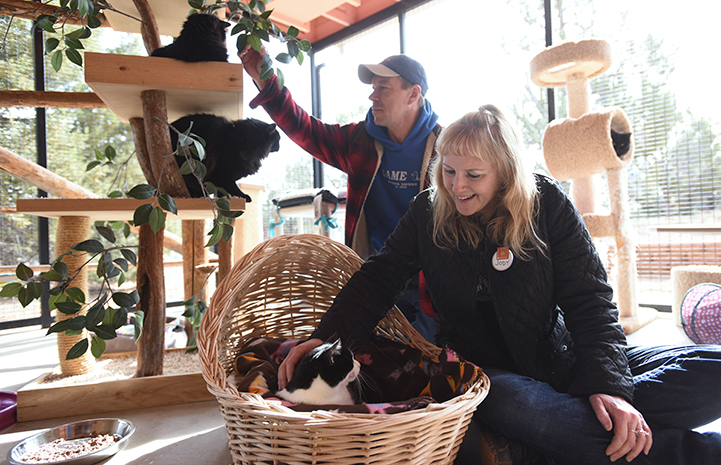 Jody Peterson and her husband at Cat World