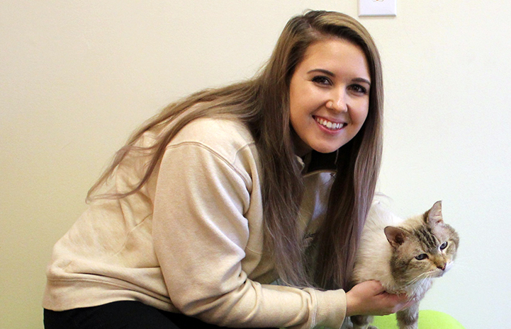 Megan looked beyond the scar and adopted Siamese mix cat, Hubba Bubba