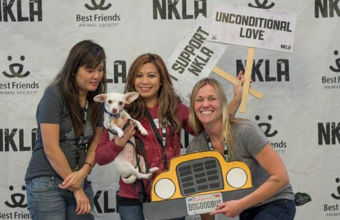 The Do Good Bus volunteers at NKLA