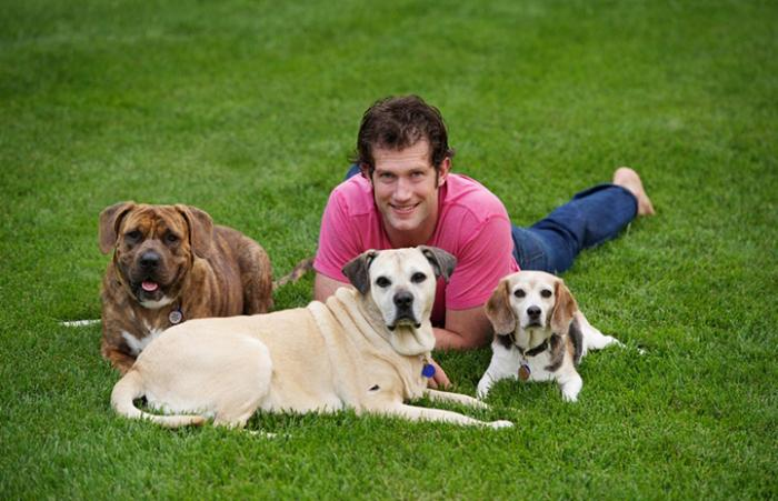 David Backes with his dogs
