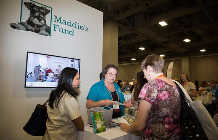 Best Friends National Conference attendees at the Maddie's Fund booth