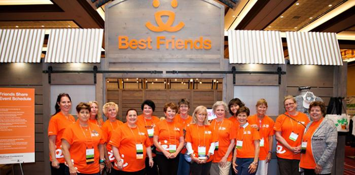 Become a Best Friends National Conference volunteer