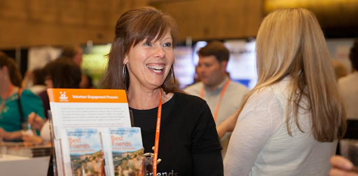 Volunteer at the Best Friends National Conference